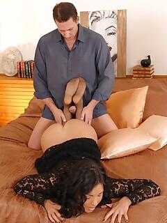 girlfriend stocking footjob