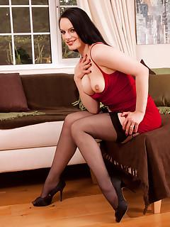 hot brunette stockings pics