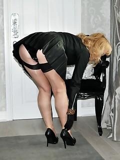 upskirts nylon stockings porn pics